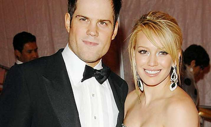 hilary duff and mike comrie reunited