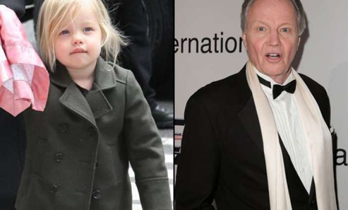 jon voight praises granddaughter s debut performance
