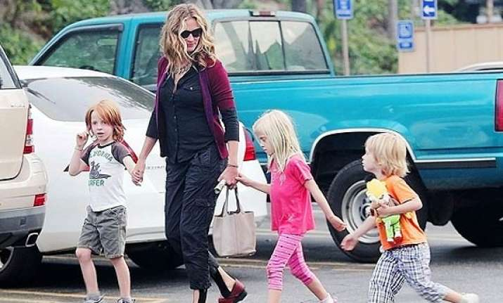 julia roberts prefers kids over her career