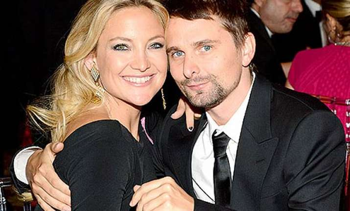 kate hudson and matt bellamy trying to romance