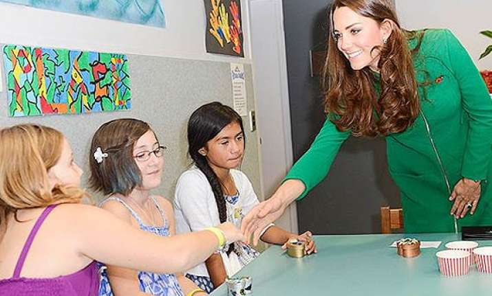 kate middleton visits ailing children in new zealand