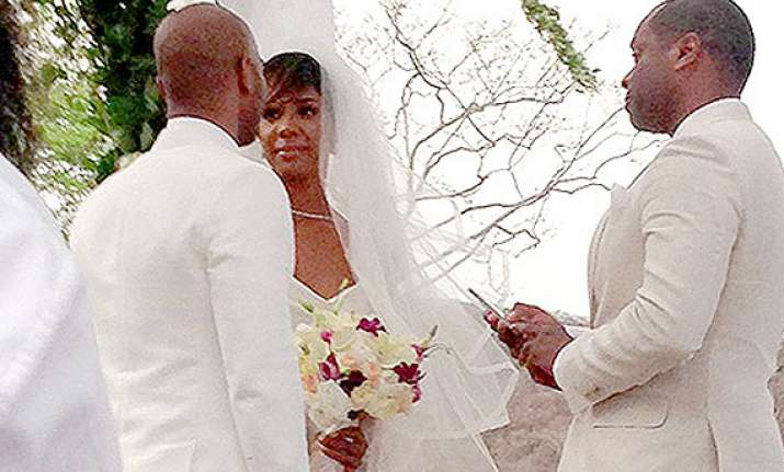 kelly rowland calls her wedding perfect