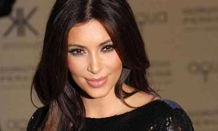 omg kim kardashian to earn 85 mn by video games