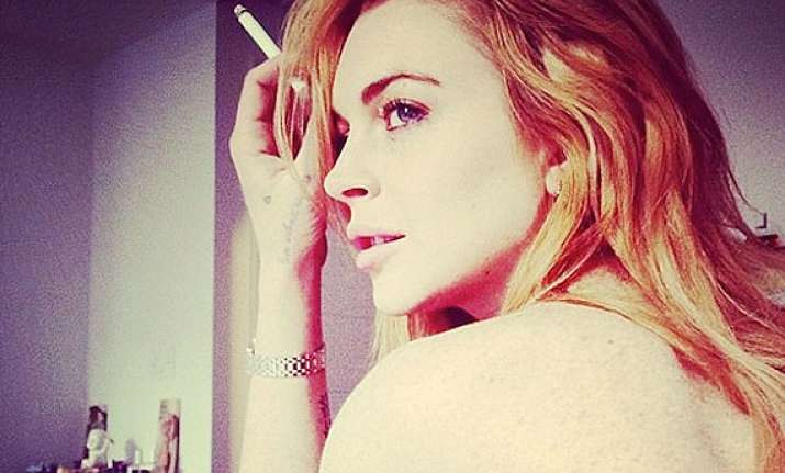 when lindsay lohan ran naked in store