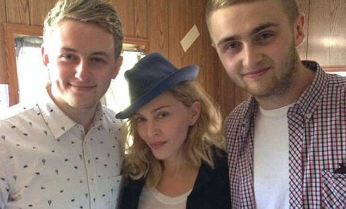 madonna to work with disclosure