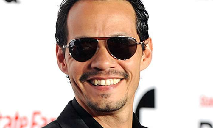 marc anthony crowned king of latin music with 10 awards