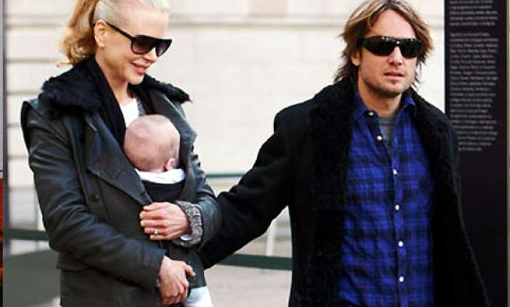 nicole kidman keith hooked to daughter sunday rose s birth