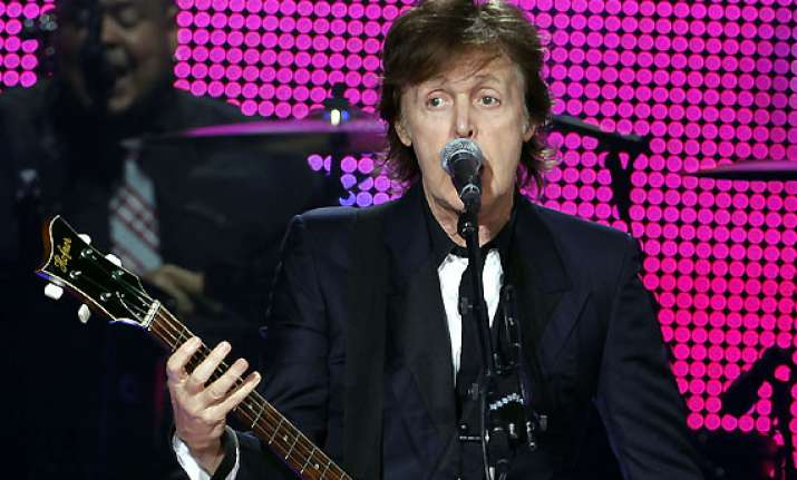 paul mccartney resumes his out there tour