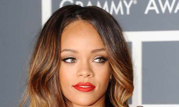 rihanna in legal trouble faces plagiarism issue see pics