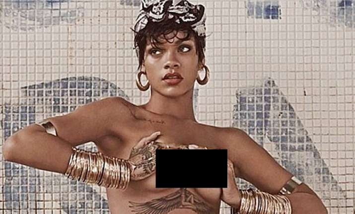 hot rihanna goes complete nude for vogue brazil see pics