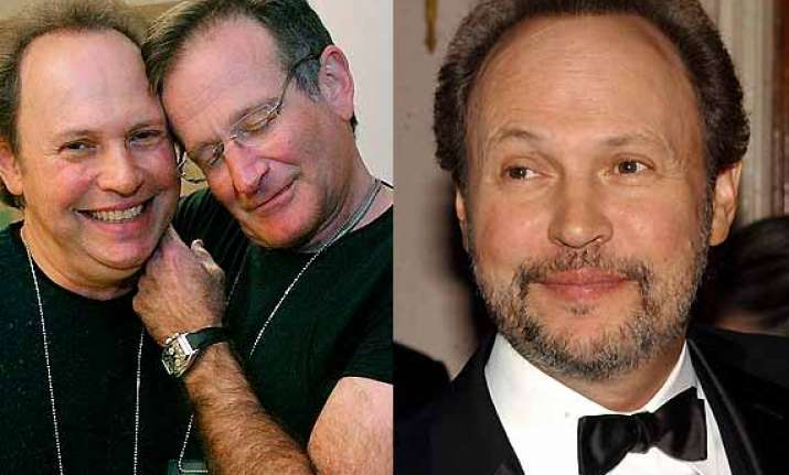 emmy awards 2014 billy crystal remembers robin williams at