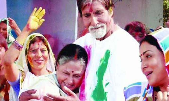 big b jaya to pair up after 20 years for holi sequence