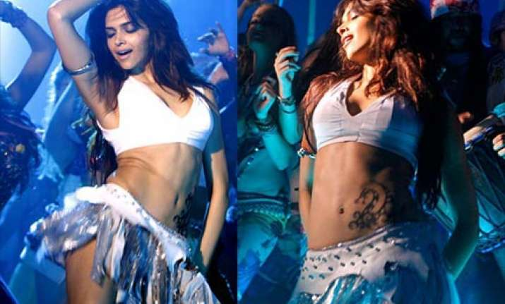 deepika looking hot in dum maaro dum item song.