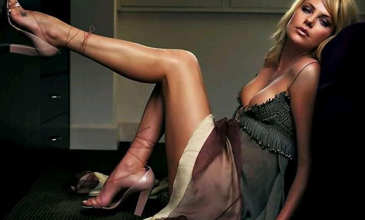 hollywood s sexiest leggy lasses