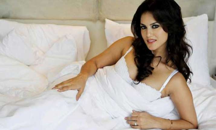 i love to do item numbers says sunny leone