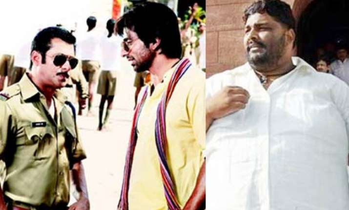 pappu yadav wants to watch dabangg he taught sonu sood to