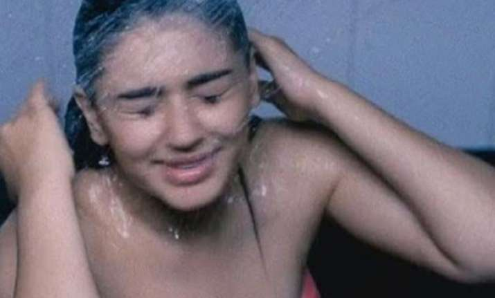 hansika motwani s shower video goes viral