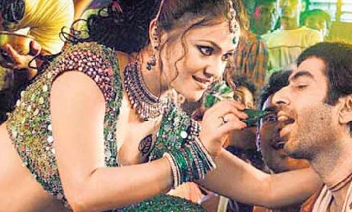 rahul s bride dimpy did bold scenes in bengali films