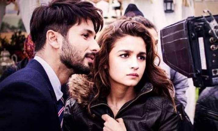 after arjun and varun alia bhatt to lock lips with shahid