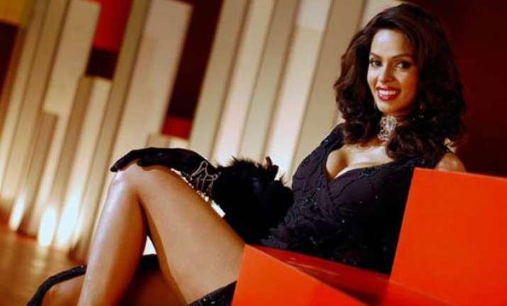 10 hottest pictures of birthday girl mallika sherawat