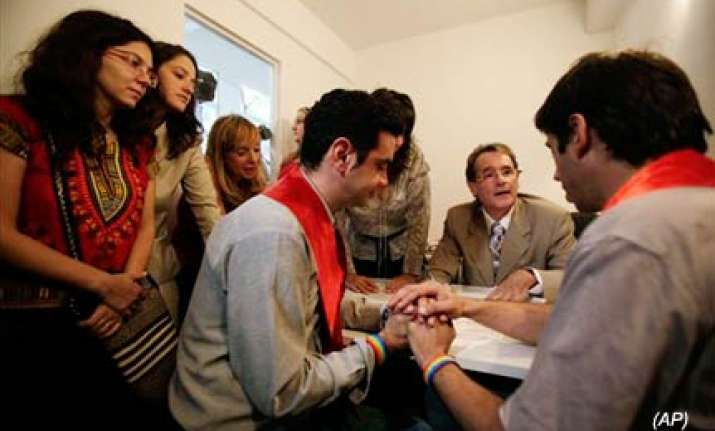 argentina grants first marriage licence to gays