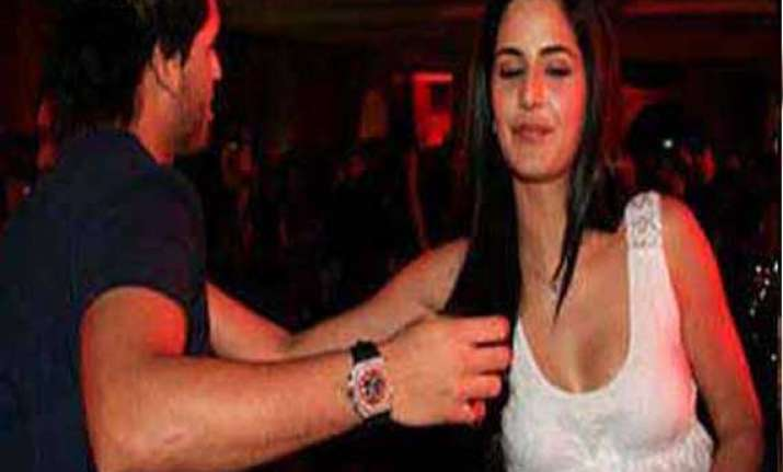 katrina siddharth s shocking pic leaked view pics