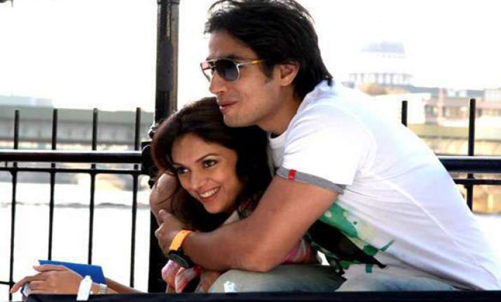 pak actor ali zafar refuses to do sex scenes with aditi rao