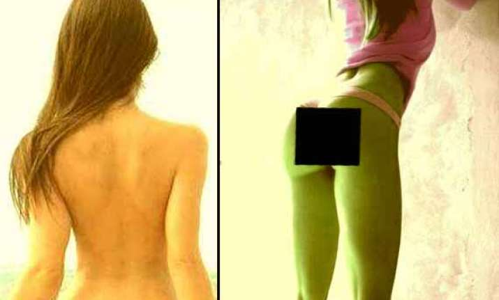 poonam pandey hot yoga sets web world on fire view pics