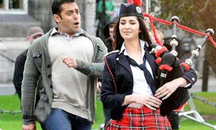 salman becomes fitness trainer for katrina