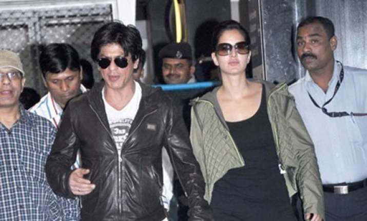 shahrukh katrina back from london shoot of yash film