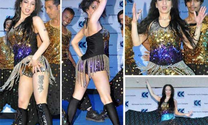 shanti dynamite performs better than sunny leone on baby
