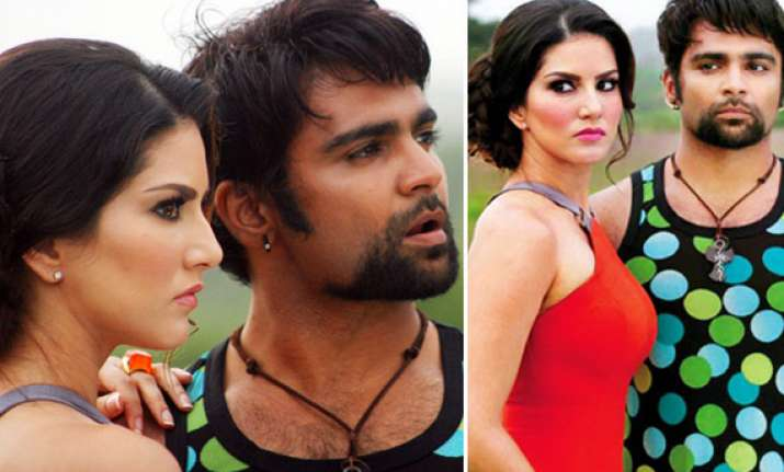 sunny leone spotted on the sets of jackpot view pics