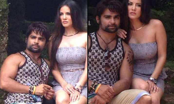 sunny spotted on sets of jackpot in goa view pics