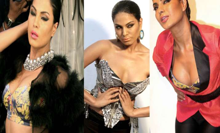 veena malik supports lesbian gay transgender marriages