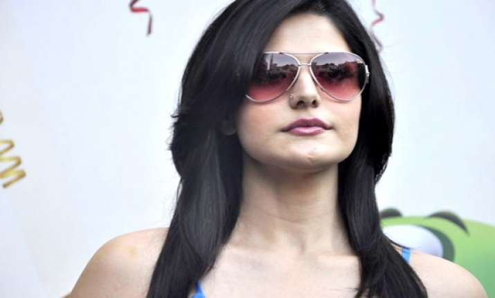 zarine khan decides not to perform item numbers
