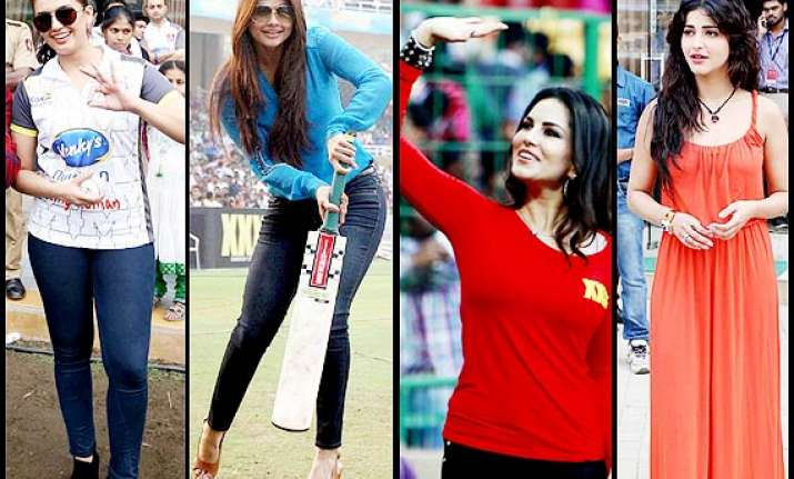 celebrity cricket league hot bollywood babes cheer for the