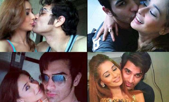 sara khan to kiss beau paras on a reality show