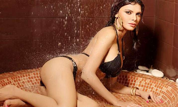 Sherlyn Chopra S Hot Wet New Stills Out See Pics