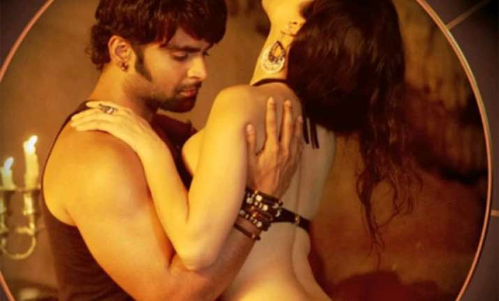 Sunny Leone And Sachiin Joshi S Sex Scenes In Jackpot Out