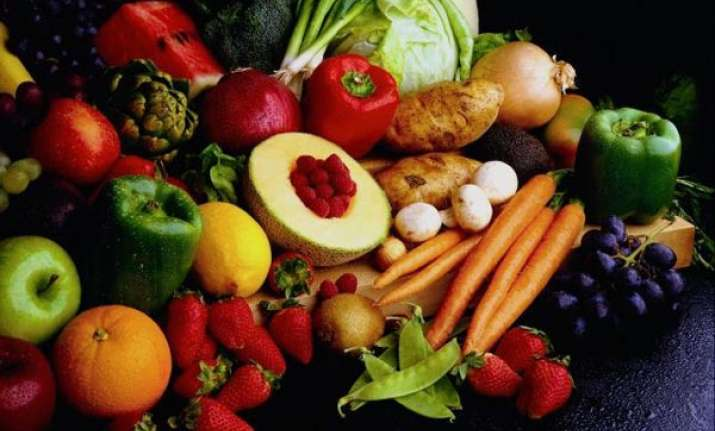 avoid breast cancer with fruits vegetables