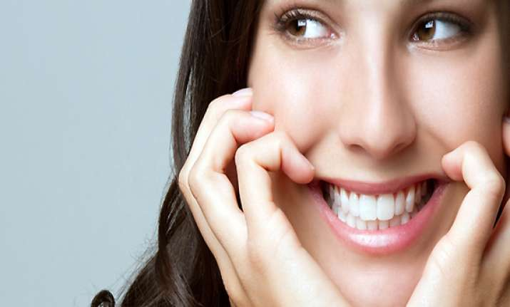 beautiful smile dental makeover on the upswing