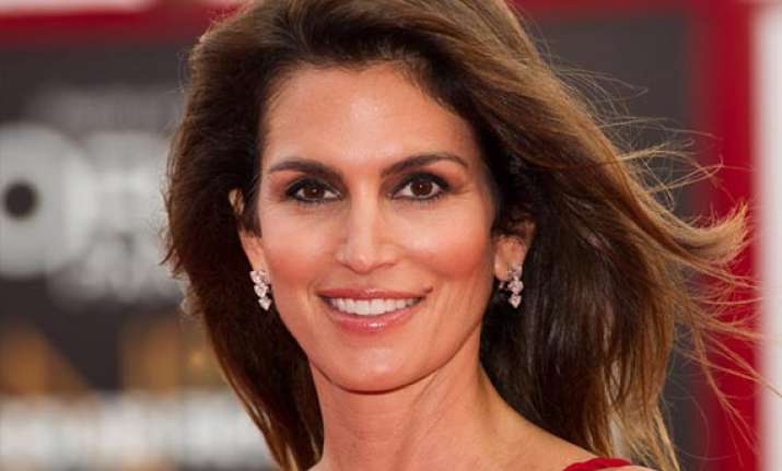 cindy crawford to release her hybrid book in 2015