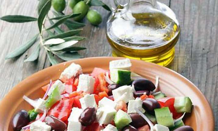 cut heart risks with mediterranean style diets