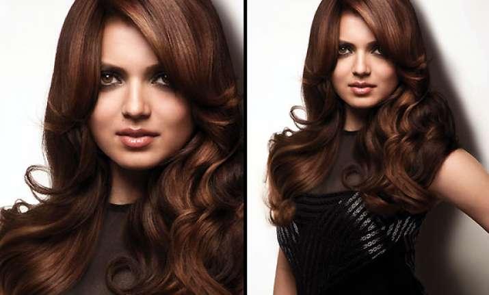 tv actress drashti dhami becomes the face of socolor hair
