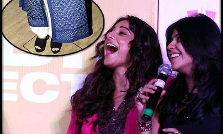ekta kapoor passes on her fashion legacy to vidya balan see