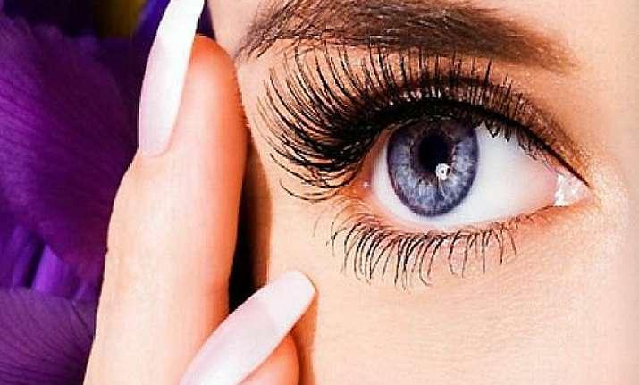 get your dream luscious eyelashes