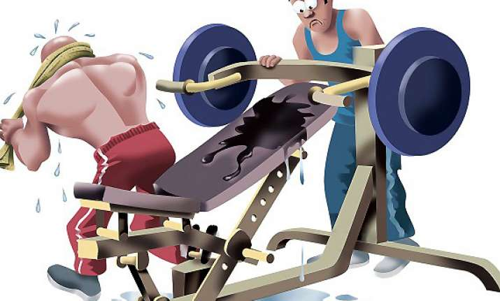 gym habits which irritate others view pics