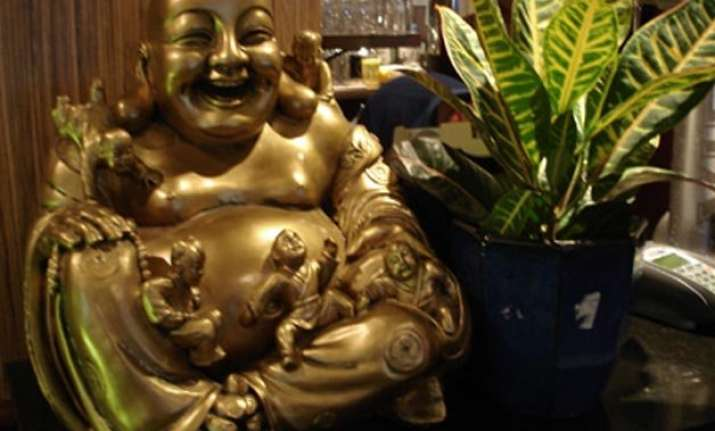 50abb17449 Different types of Laughing Buddha - their meanings