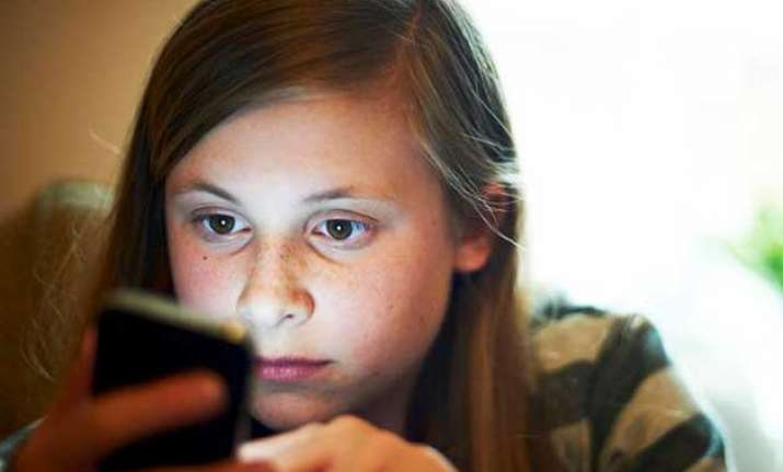 using smartphones for temporary relief from negative