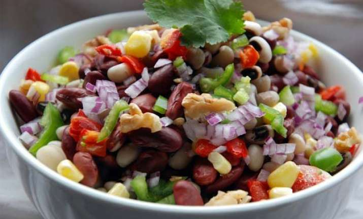want to loose weight try these quick salads to shed extra